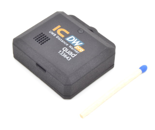 IC Distance Warner pro quad133643, UWB distance warner for precise human-to-human distance warning